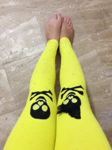 skulls and crossbones, yellow leggings, fun leggings, printed leggings, hand painted leggings